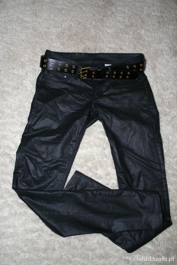 Spodnie woskowane czarne H&M...