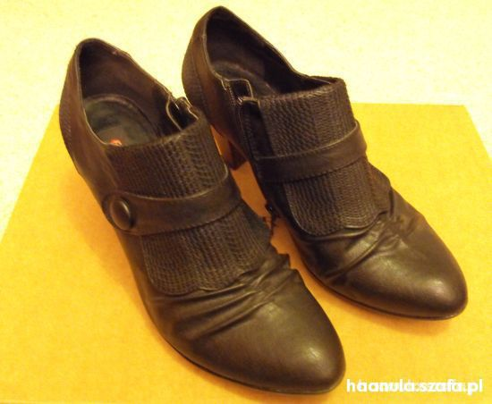 czarne zgrabne botki 38