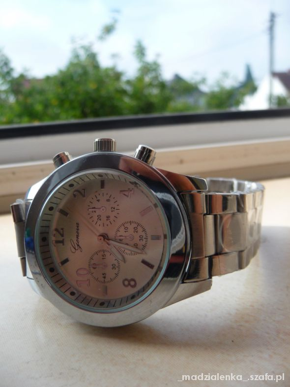 NOWY zegarek srebrny geneva