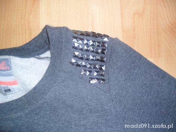 Szara bluza z ćwiekami