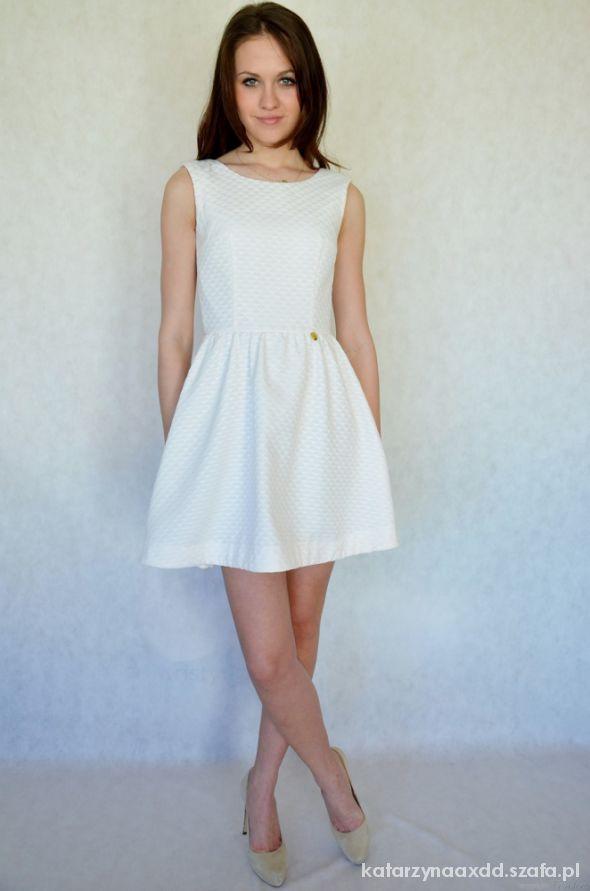 Na specjalne okazje Śliczna sukienka