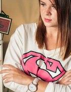 S like superwoman