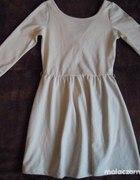 sukienka stradivarius beżowa rozkloszowana