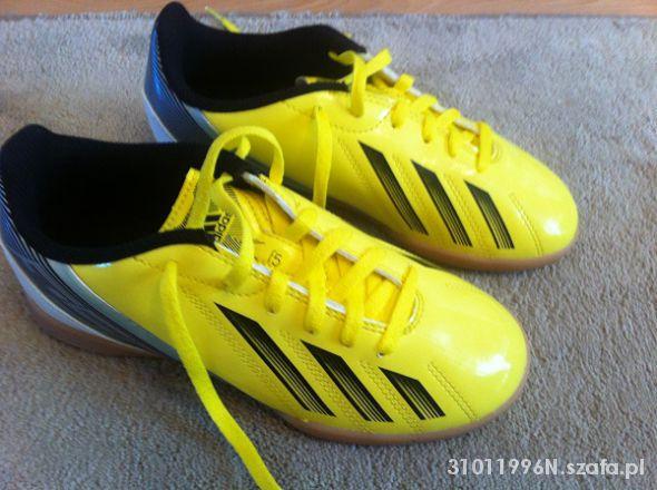 Obuwie Nowe buty piłkarskie adidas
