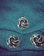Srebrne różyczki