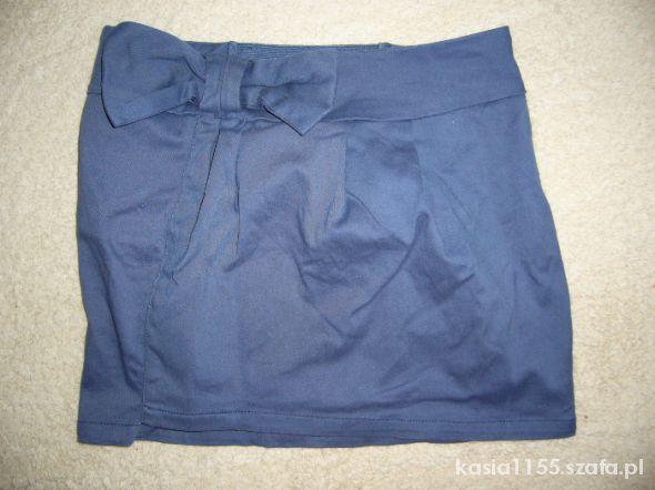 Spódnice Spódnica z kokardką