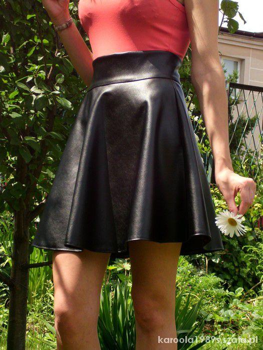 Spódnice Sexi spódnica z eko skóry Bardzo kobieca