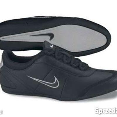 05fe34373d605 Buty Nike czarne 38 w Sportowe - Szafa.pl