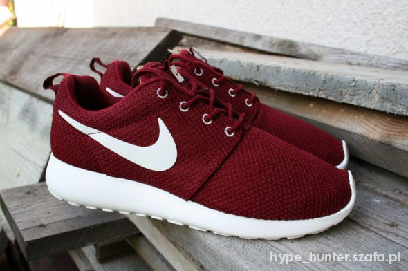 Sportowe Nike Roshe Run Bordowe