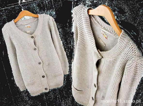 beżowy gruby sweterek xs s nowy