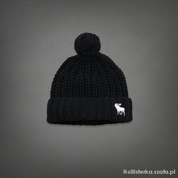 czapka z pomponem Abercrombie & Fitch...