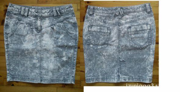 Spódnice marmurkowa ołówkowa m 38 spódnica