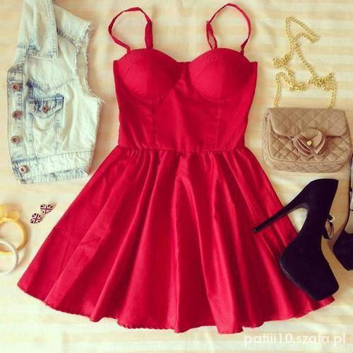 Sukienka rozkloszowana gorset