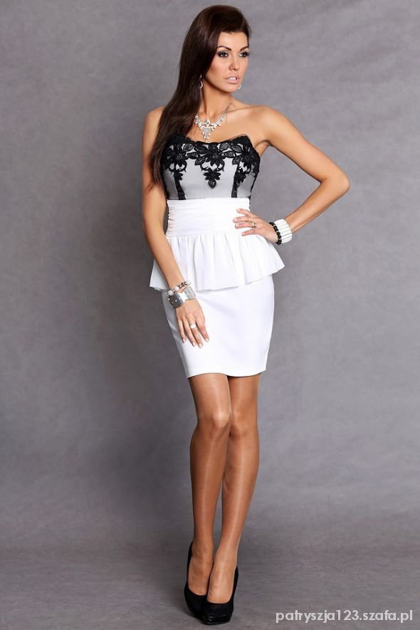 Sukienka Emamoda biała rozm M lub L