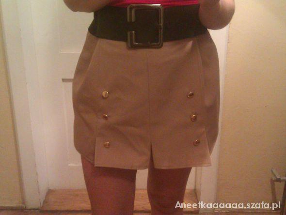 Spódnice spódniczka z guzikami