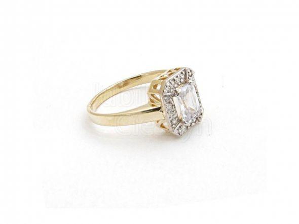 Biżuteria pierścionek poszukuję