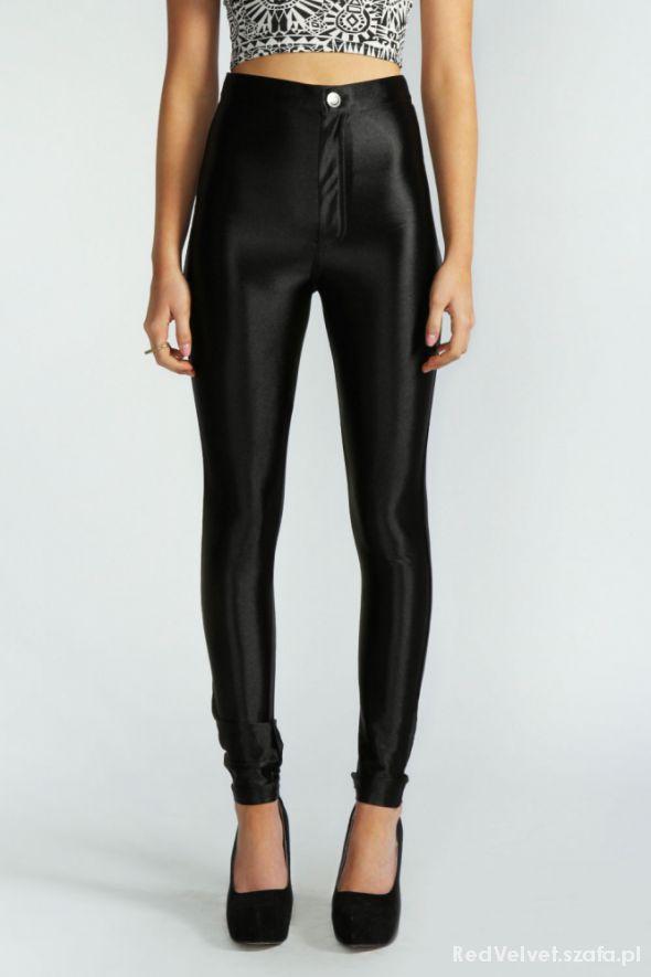 Obcisłe błyszczące spodnie legginsy disco pants