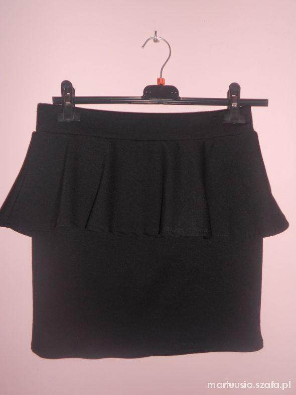 Spódnice Spódnica z baskinką