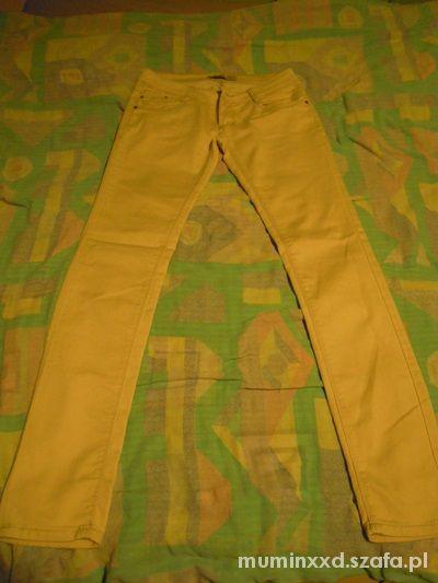 Spodnie Spodnie kremowe beżowe rurki