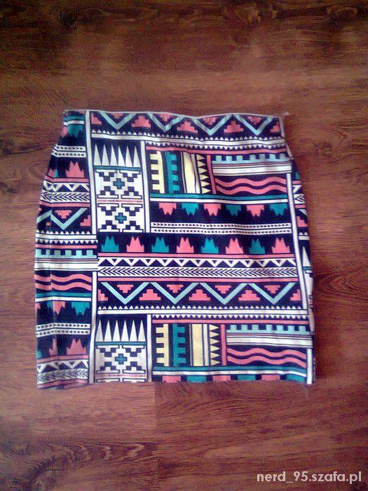 Spódnice Bershka Spódniczka mini tuba aztec