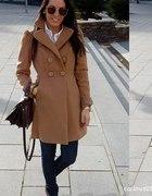 karmelowy płaszcz xs s