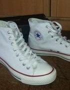 Białe Converse TANIO