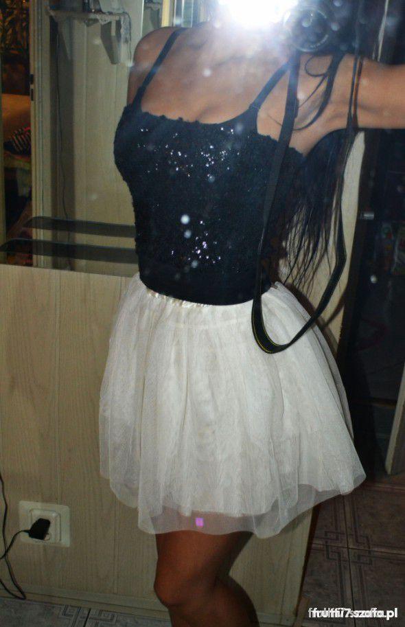 Sukienka tiulowa mega okazja XS