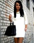 pikowana sukieneczka