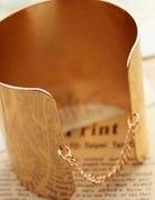Bransoletka w kolorze złota