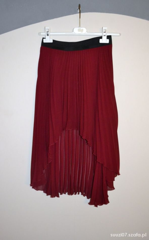 Spódnice Plisowana asymetryczna spódnica