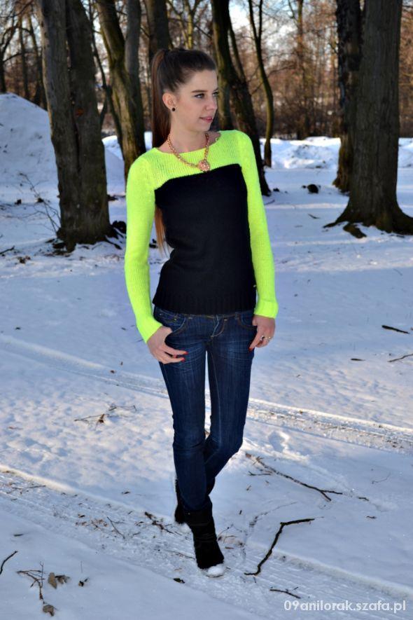 Blogerek Dwukolorowy sweterek