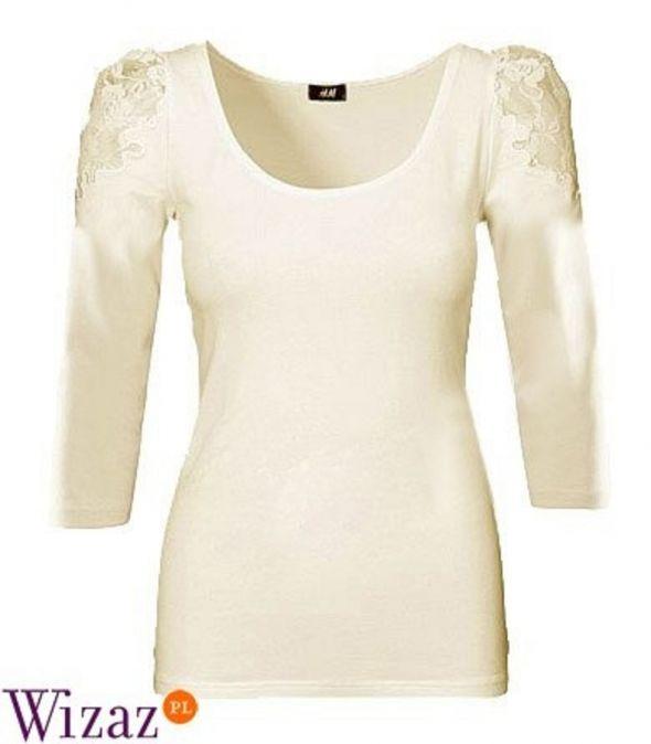 Białą bluzka z koronką