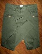 spodnie rurki khaki zipy