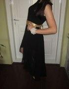 Czarna wieczorowa suknia