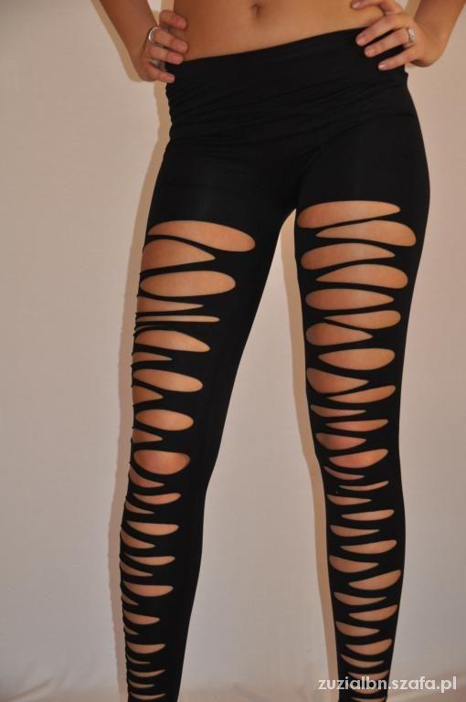 Czarne legginsy z dziurami...