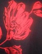 Spódnica marki QUIOSQUE z aplikacją kwiatową...
