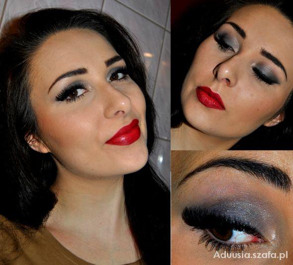Blogerek red lips