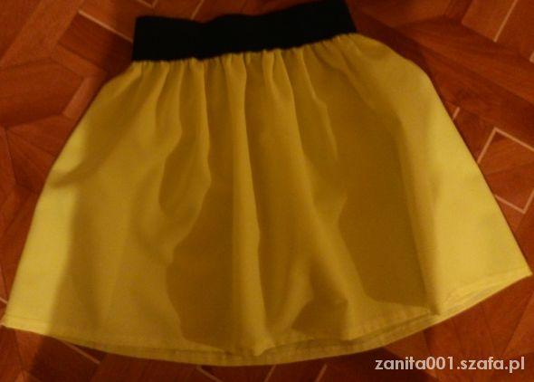 Spódnice Neonowa spódniczka rozkloszowana