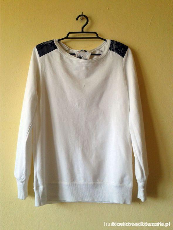Długa bluza bez zamka ze ściągaczem...