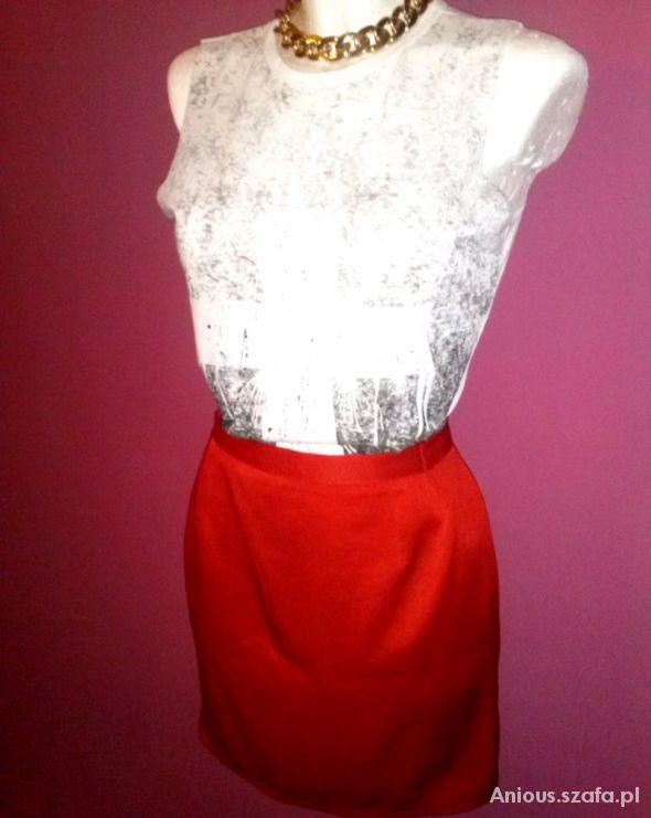 Spódnice Czerwona spódniczka