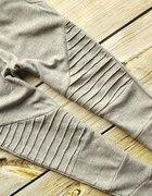 dresowe spodnie przeszycia jak stradivarius