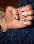 Moje paznokietki pastele plus złoto