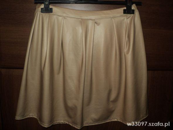 Spódnice Beżowa spódnica ala skóra