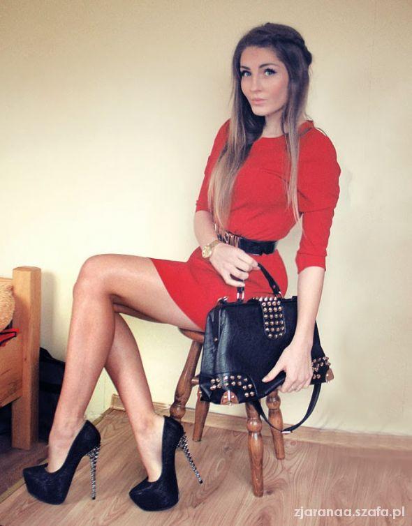 Blogerek RED DRESS & BLACK