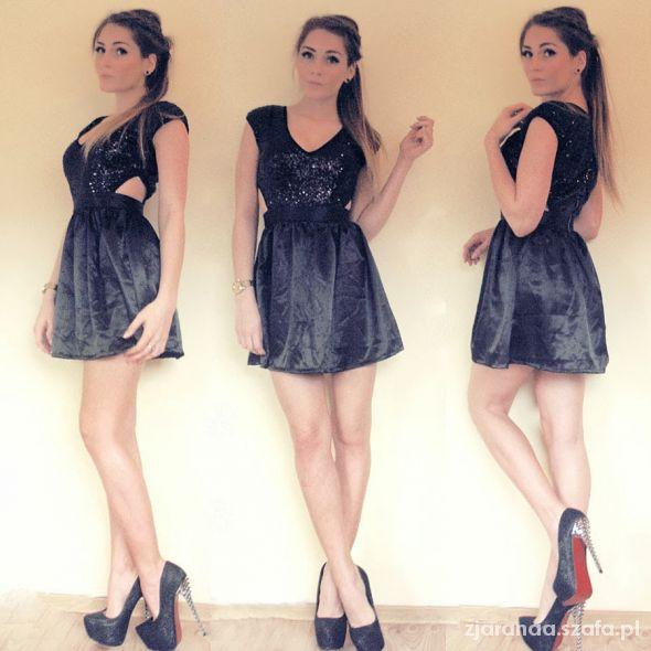 Blogerek BLACK DRESS