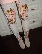 Floral legginsy w kwiaty