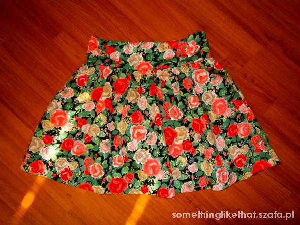 Spódnice spódnica w kwiaty hm