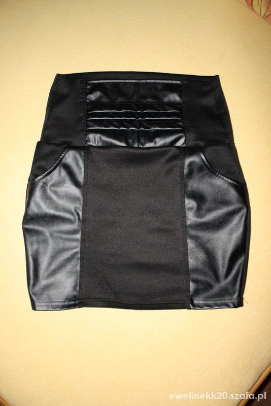 Spódnice czarna