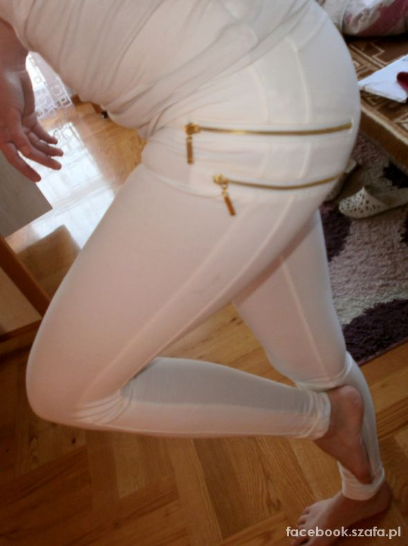 Białe legginsy BERSHKA moje