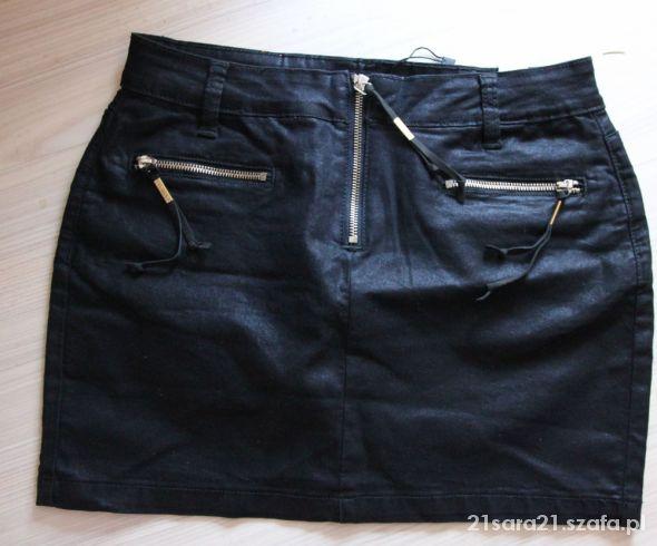 Spódnice Czarna mini z zamkami TOP SECRET